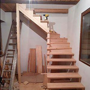Сборка и монтаж лестниц